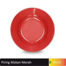 piring makan merah