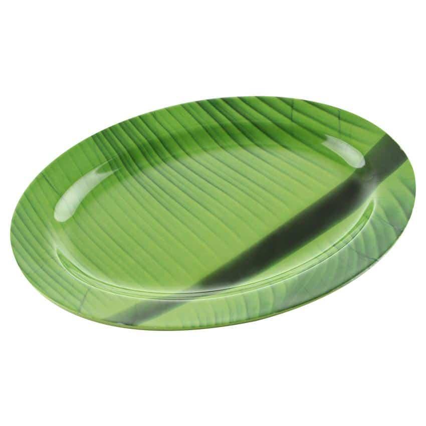 piring daun pisang hijau