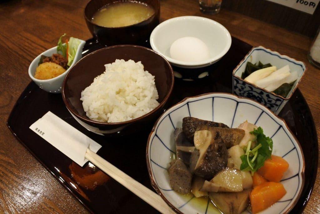 4 Makan Gratis di Restoran Mirai Shokudo Tokyo