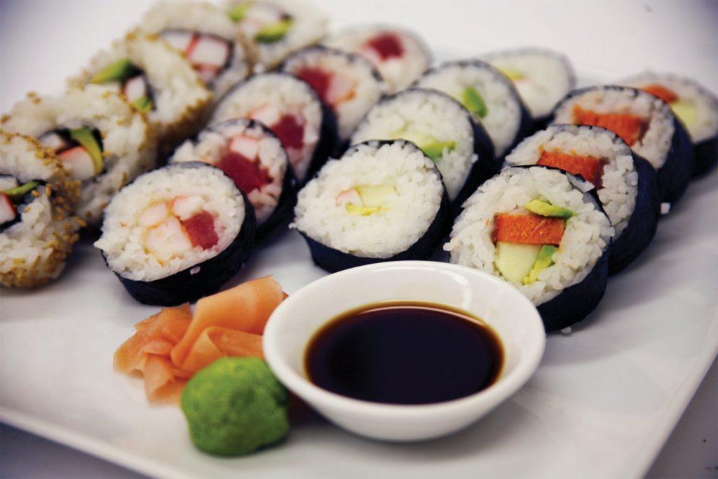 Mulai Restoran Tradisional Sushi, Restoran Sushi Putar, sampai Toko Kelontong, Sushi dapat dinikmati dimana-mana!