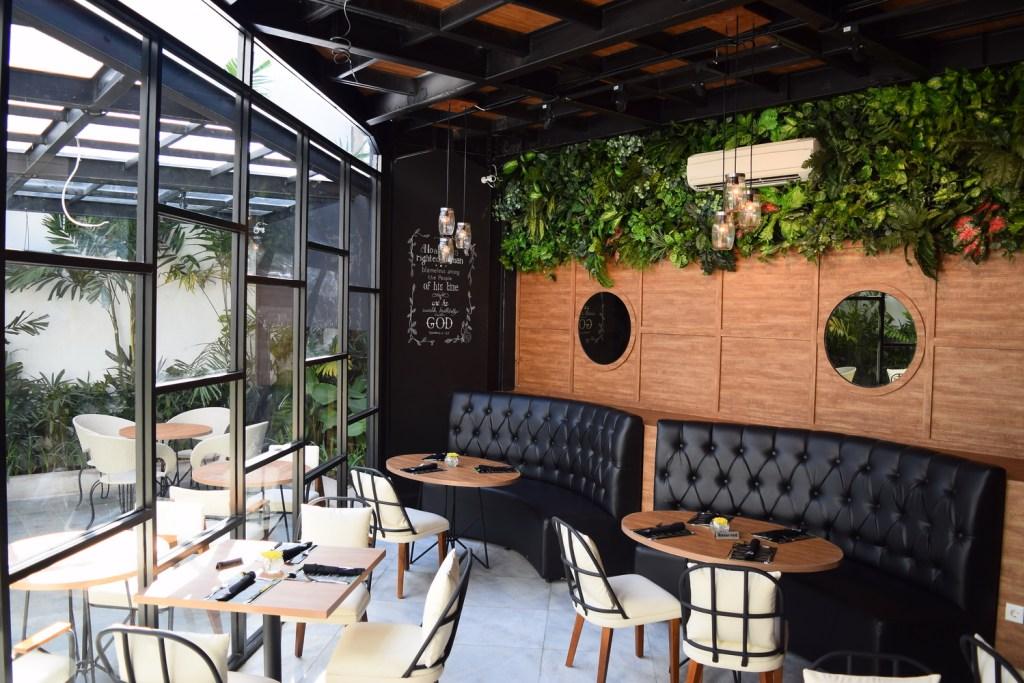 NOACH Cafe & Bistro – Pregolan, Surabaya 2