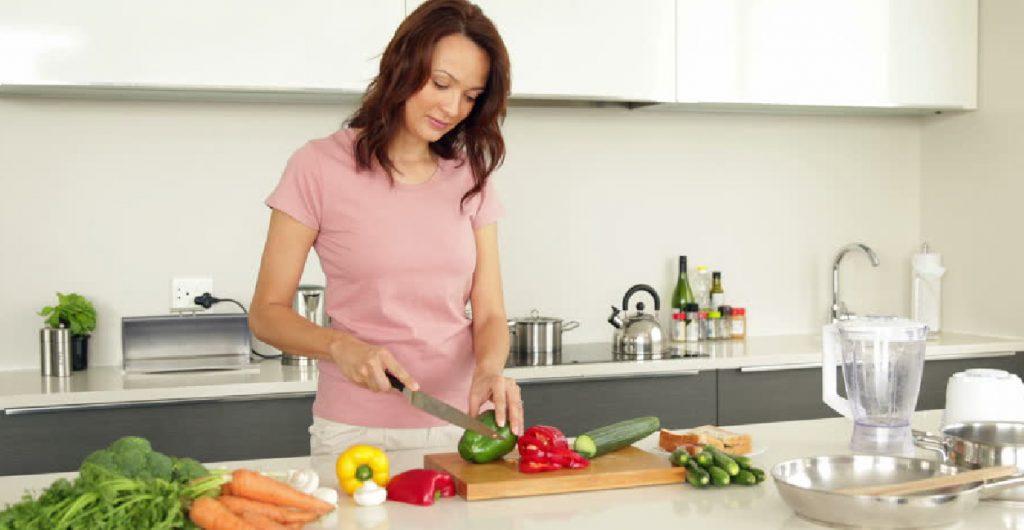 Serba-Serbi tentang Talenan dan Peralatan Masak di Dapur Anda